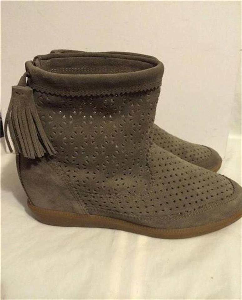 21c2175241a4 Isabel Marant Beslay Tassel Wedge Perforated Taupe Boots Image 10.  1234567891011