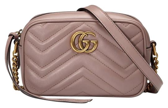 Preload https://item5.tradesy.com/images/gucci-marmont-gg-matelasse-mini-nude-calfskin-leather-cross-body-bag-22640554-0-1.jpg?width=440&height=440