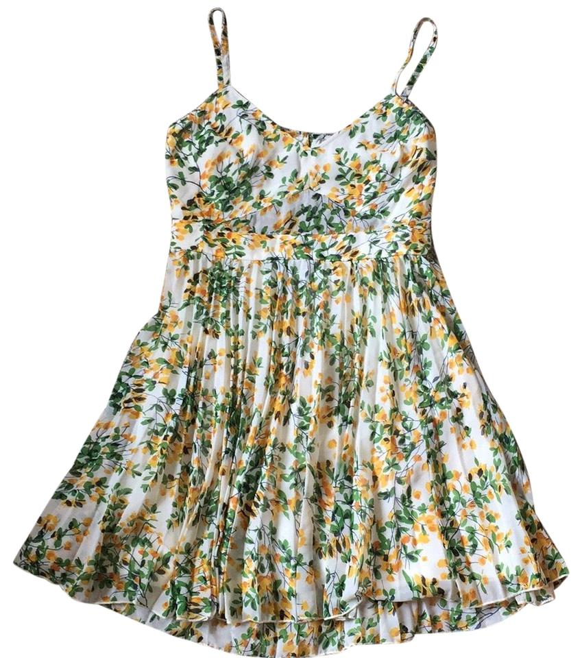 42f2746e5a ASOS Yellow Green Floral with Pleated Skirt Open Back Short Casual Dress