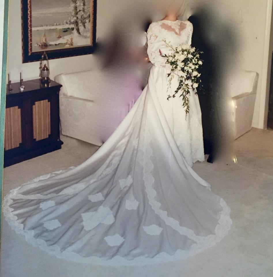 Vintage Wedding Dress Size 8: Candlelight Iovery Satin White Gown Vintage Wedding Dress