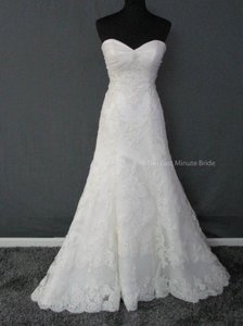 Casablanca Ivory Lace 1914 Feminine Wedding Dress Size 8 (M)