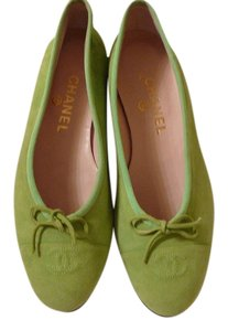 Chanel 40 Ballet 40 New green Flats