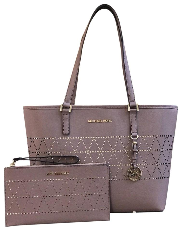 d066abac963c Michael Kors 2 Pc New Jet Set Travel Carryall   Wristlet Dusty Rose Saffiano  Leather Tote