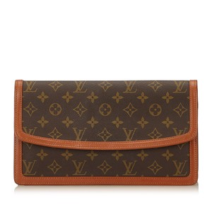 Louis Vuitton 7klvcl002 Brown Clutch