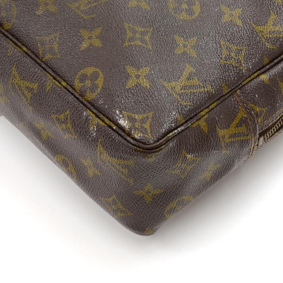 Louis Vuitton Vintage Louis Vuitton Trousse Toilette 28 Monogram Cosmetic  Pouch. 12345678 5b86640a421e3