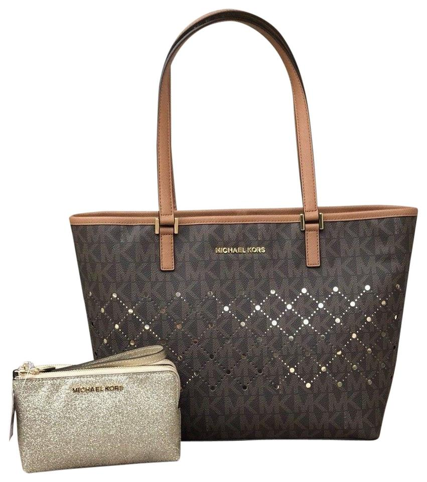Michael Kors 2 Pc Violet Jstvl Sm Carryall Tote+double Zip Wristlet Brown  Pvc Saffiano Leather Trims Tote 4beee0091f