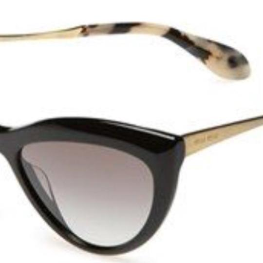 Miu Miu cat eye Image 1