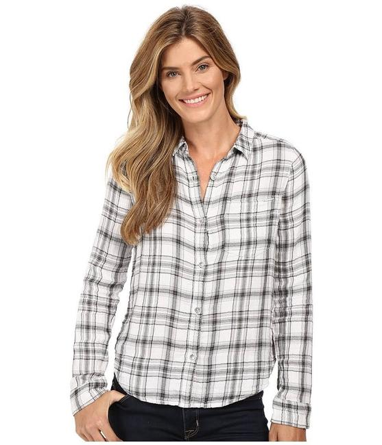 Preload https://img-static.tradesy.com/item/22648629/calvin-klein-gray-plaid-long-sleeves-button-down-top-size-12-l-0-0-650-650.jpg