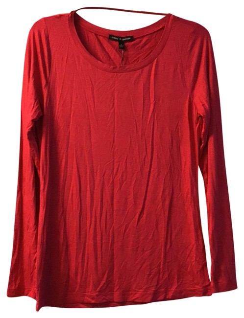 Preload https://img-static.tradesy.com/item/22648715/cable-and-gauge-fuschia-knit-long-sleeve-blouse-size-8-m-0-1-650-650.jpg
