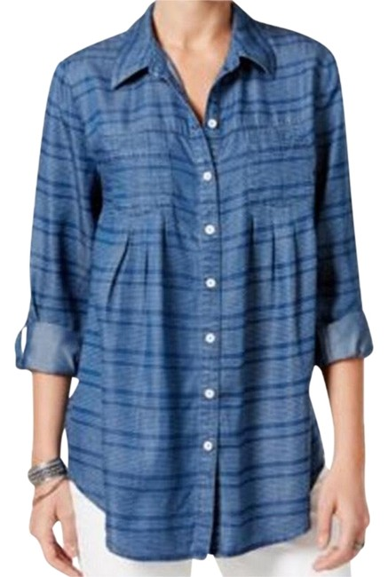 Preload https://img-static.tradesy.com/item/22648718/style-and-co-blue-striped-button-down-top-size-22-plus-2x-0-3-650-650.jpg