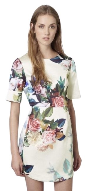Preload https://img-static.tradesy.com/item/22648810/topshop-silk-floral-short-cocktail-dress-size-6-s-0-1-650-650.jpg