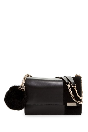 Preload https://img-static.tradesy.com/item/22649232/trina-turk-jackie-pom-blck-leatherrabbit-fur-shoulder-bag-0-0-540-540.jpg