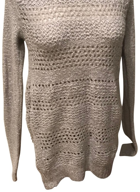 Preload https://img-static.tradesy.com/item/22649365/abercrombie-and-fitch-knit-grey-sweater-0-1-650-650.jpg