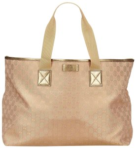 Gucci 7kguto010 Tote in Gold