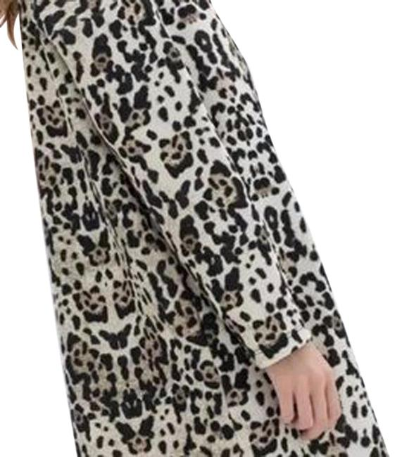 Preload https://img-static.tradesy.com/item/22650053/zara-leopard-scuba-shift-short-casual-dress-size-4-s-0-1-650-650.jpg