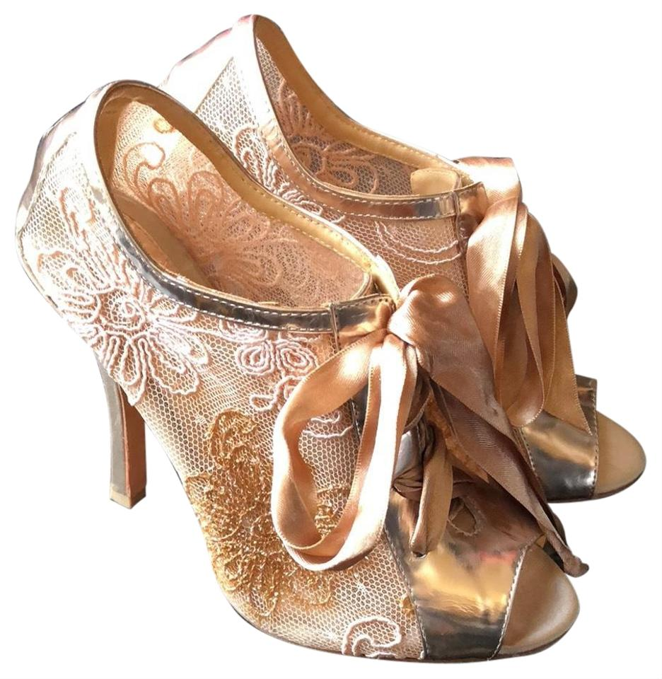 18bc98929e6 Badgley Mischka Rose Gold Evening Bride Stletto Formal Shoes Size US ...