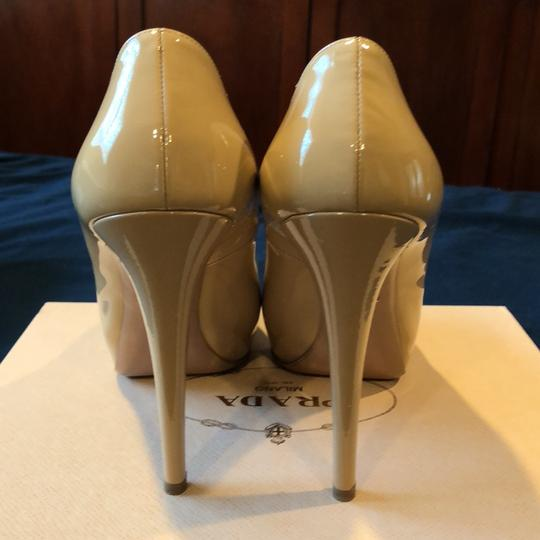 Prada Sabbia (nude/tan) Pumps