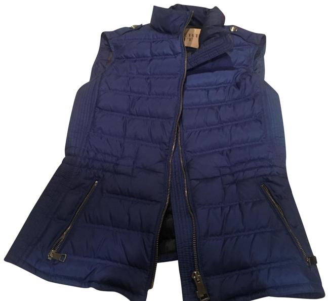 Preload https://img-static.tradesy.com/item/22650780/burberry-blue-activewear-outerwear-size-0-xs-0-1-650-650.jpg