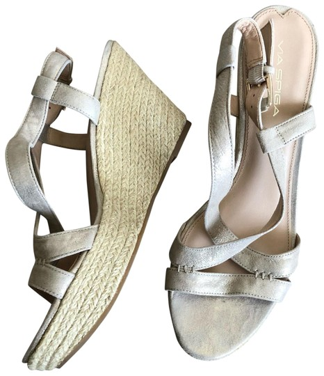 Preload https://img-static.tradesy.com/item/22650865/via-spiga-nude-espadrille-wedges-size-us-95-regular-m-b-0-1-540-540.jpg