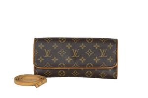 Louis Vuitton Pochette Gm Cross Body Bag