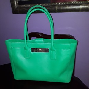 Vince Camuto Tote in Green