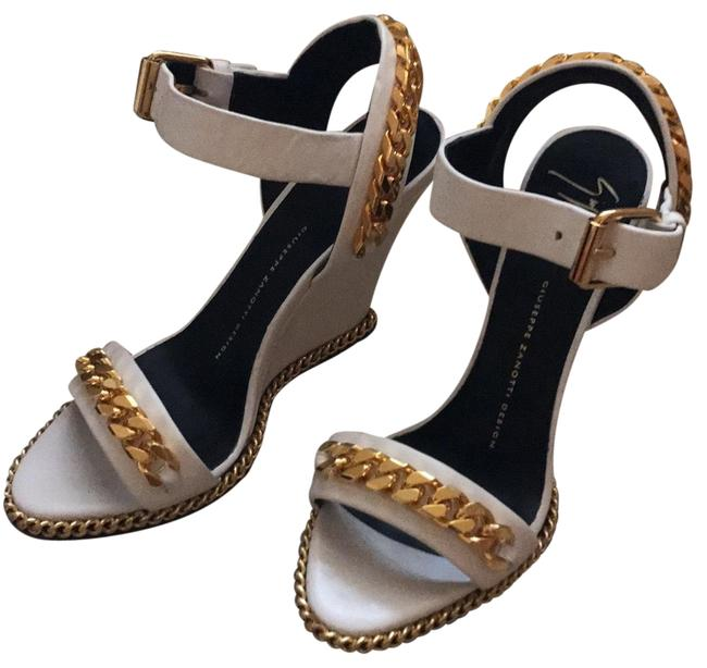 Item - White Gold Chain Wedges Size EU 37 (Approx. US 7) Regular (M, B)