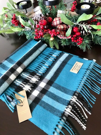 how to tell authentic burberry scarf
