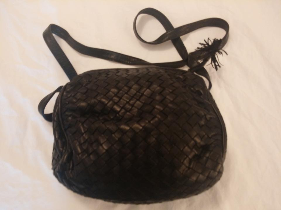 57c7cabeb0d0 Bottega Veneta Vintage Black Woven Leather Shoulder Bag - Tradesy