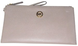 Michael Kors Mk Leather 190049654279 Taupe Clutch