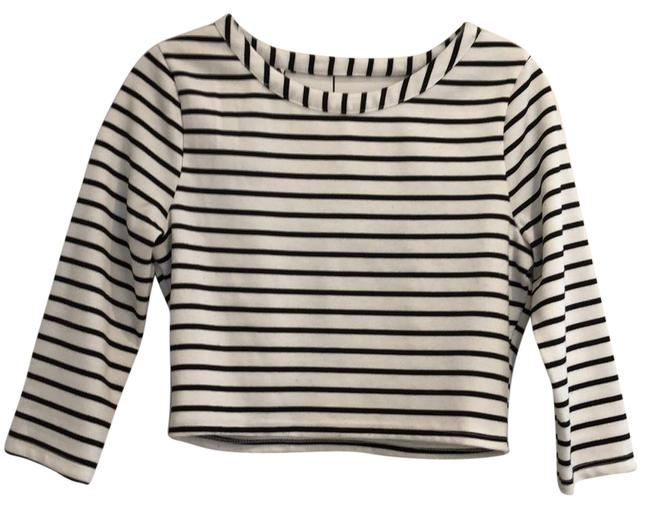 Item - Crop Cute with High Waisted Jeans Black White Top