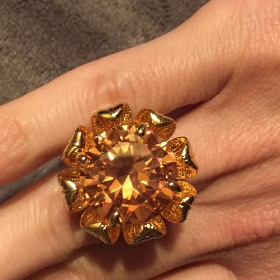 Tory Burch Leah Ring Gold Flower Champagne Size