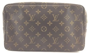 Louis Vuitton #16079 monogram Clutch