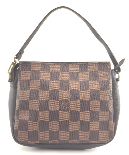 Preload https://item4.tradesy.com/images/louis-vuitton-pochette-16078-ebene-damier-and-leather-clutch-22660418-0-1.jpg?width=440&height=440