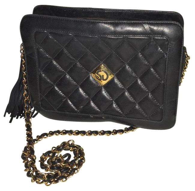 Item - Quilted Designed Black Leather Cross Body Bag