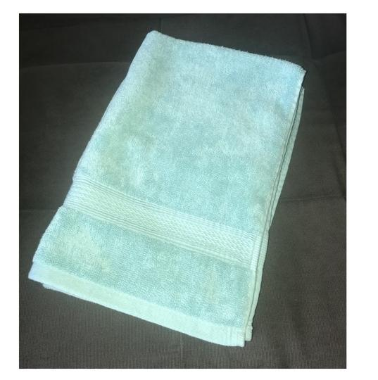 Dkny Towel: DKNY Turquoise Set Of 2 Hand Towels Teal Light New Without