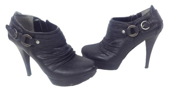 Preload https://item2.tradesy.com/images/guess-black-dennie-bootie-pumps-size-us-65-regular-m-b-2266371-0-0.jpg?width=440&height=440