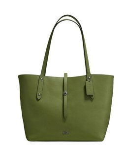 Coach Tote in miltary green