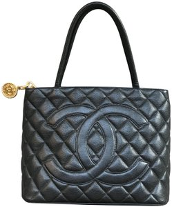 Chanel Vintage Medallion Caviar Leather Tote in Black