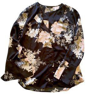 Dynamite Kimono Top Black with Japanese floral pattern