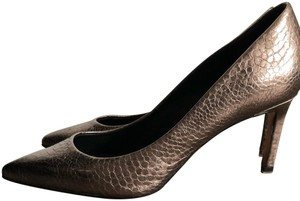 Elie Tahari Gray Silver Leather Snakeskin-effect Metallic pewter Pumps