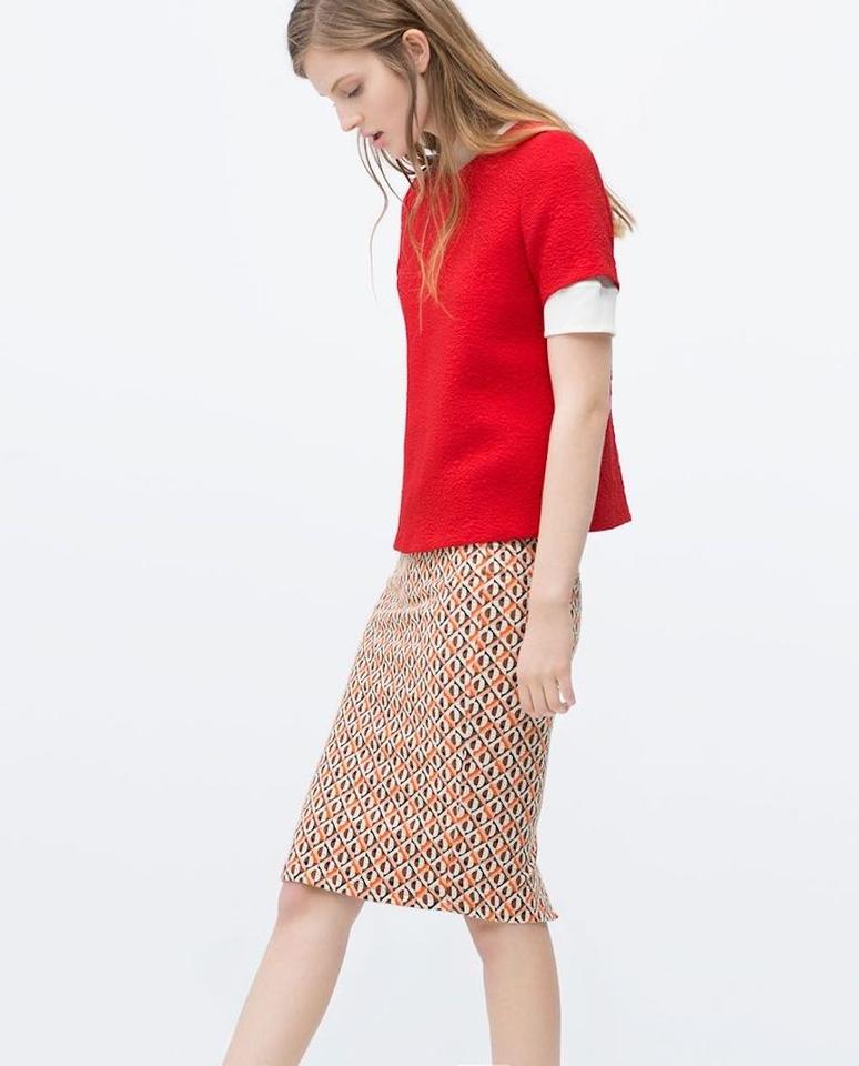 Is Zara sizing really small, or am I fatter than I thought? (32 Posts) I am a 12 but with a big bum and boobs and I can't buy anything except for skirts in there. It is designed for the boyish of figure been a size 12 and a L in Zara. The generic sizing, i.e. S, M, L is cut much smaller than the clothes that are sized 10,12 etc. Add message.