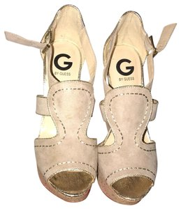 Guess nude Wedges