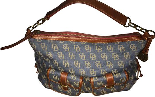 Preload https://item2.tradesy.com/images/dooney-and-bourke-signature-denim-small-baguette-shoulder-bluebrown-fabricleather-hobo-bag-22667941-0-3.jpg?width=440&height=440