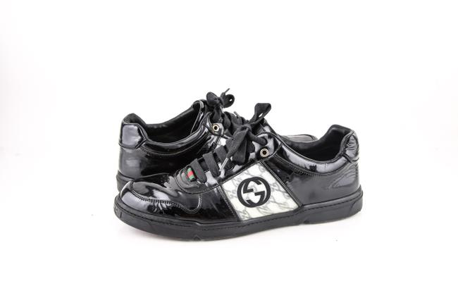 Item - Black * Vintage Sneakers Shoes