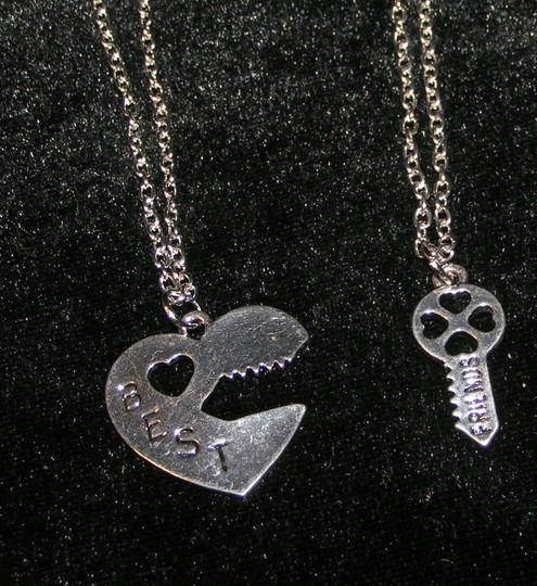 Silver 2pc Best Friends Necklace Set Wedding Party Gift Free Shipping Dress