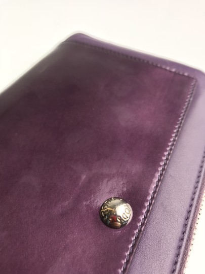 Tod's Plum Patent Leather Zip Wallet Image 10