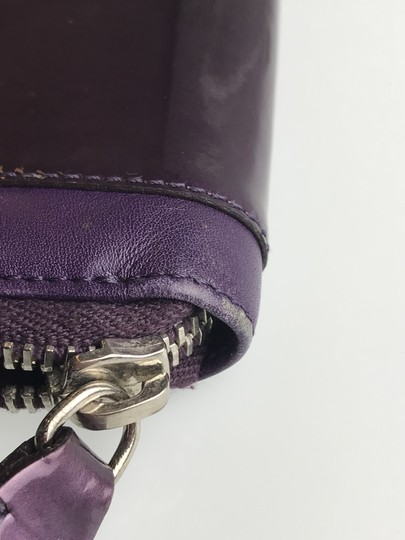 Tod's Plum Patent Leather Zip Wallet Image 9