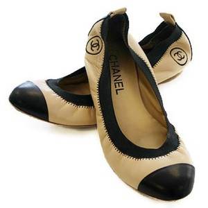 Chanel Leather Ballet Spirit tan and black Flats