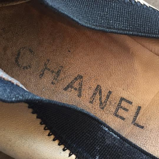 Chanel Leather Ballet Spirit tan and black Flats Image 8