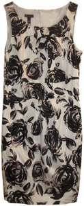New Directions short dress black white grey Bold Floral & Office on Tradesy
